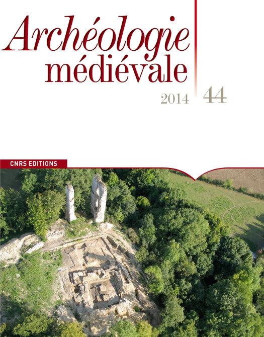Archéologie médiévale 44