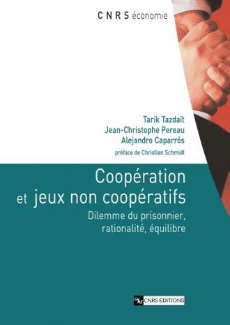 Coopération et jeux non coopératifs
